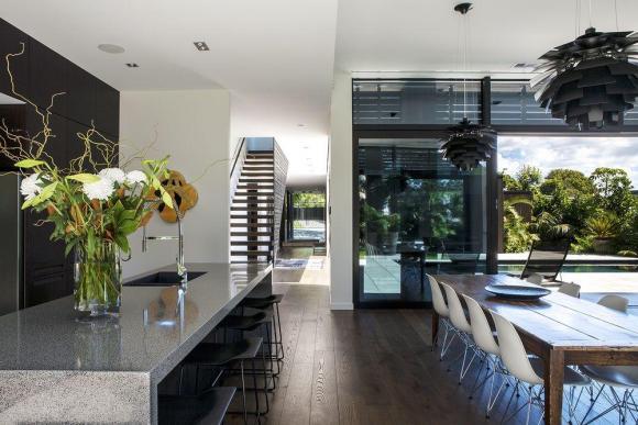 Kitchen / dining, Image Courtesy © Emma-Jane Hetherington