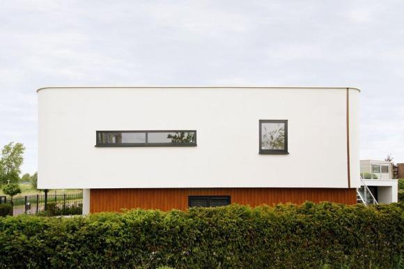 Image Courtesy © Maxim Winkelaar Architects &©Nelis