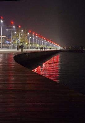 The linear waterfront by night, Image Courtesy ©  Ionnis Kaktsis.