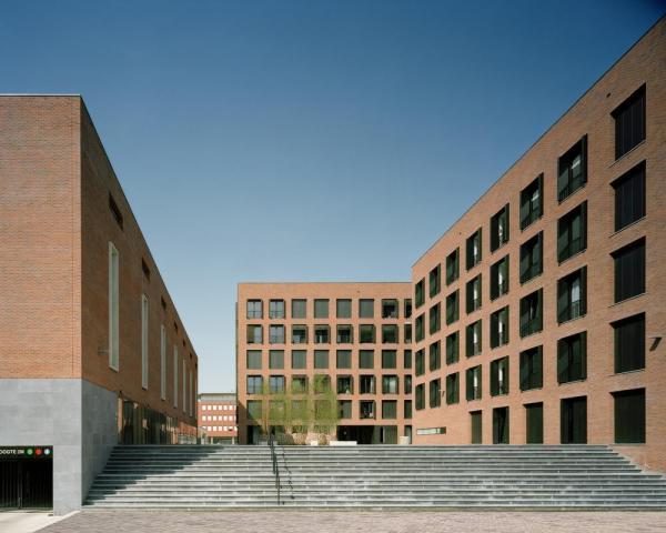 Image Courtesy © Jo Janssen Architecten