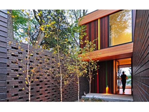 Image Courtesy © Johnsen Schmaling Architects