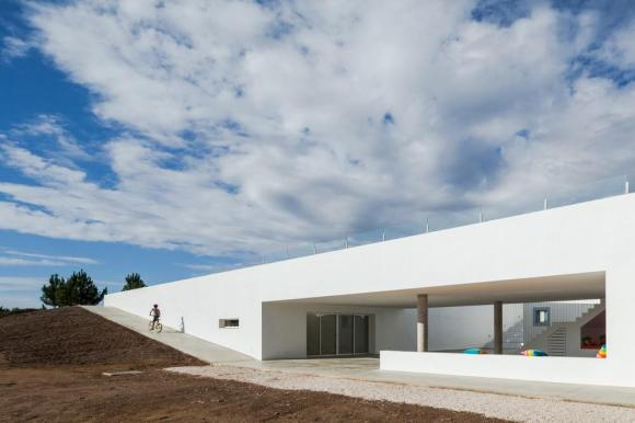 mage Courtesy © [i]da arquitectos