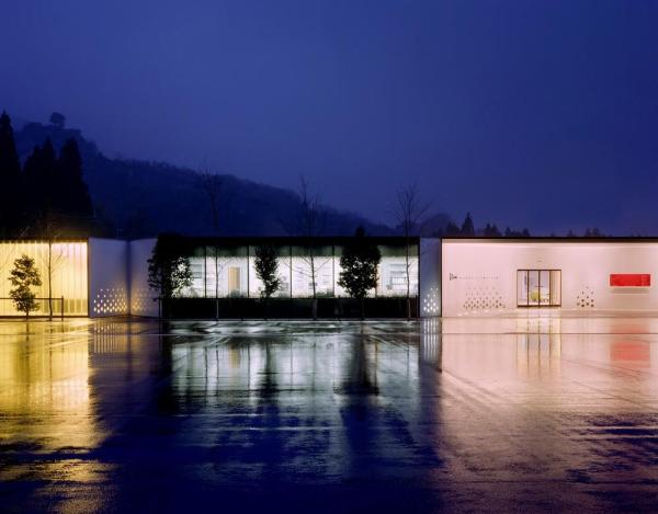 the exterior or the single-storey museum, Image Courtesy © Christoffer Rudquist