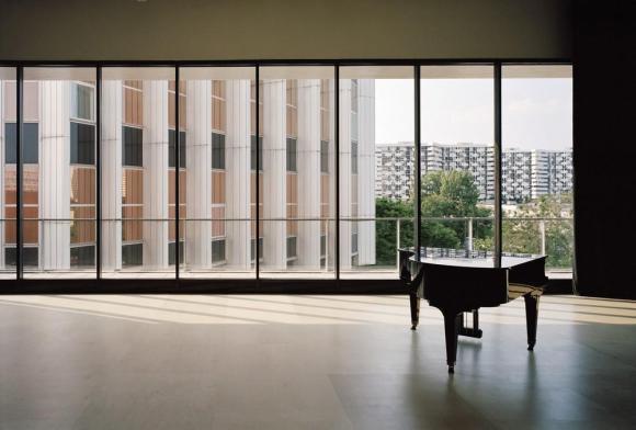 South dance studio, interior view, Image Courtesy ©  Audrey Cerdan