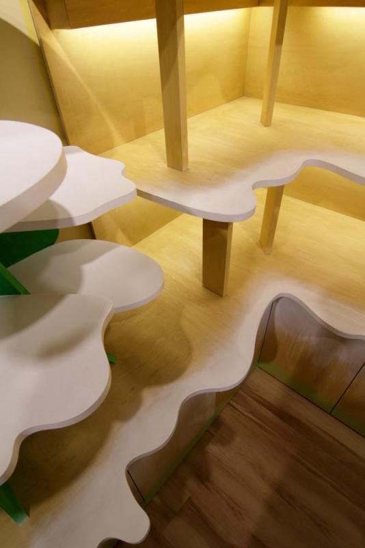 shelf, Image Courtesy © Moriyuki Ochiai Architects