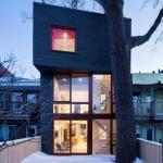 Back facade with poplar, Image Courtesy © Adrien Williams