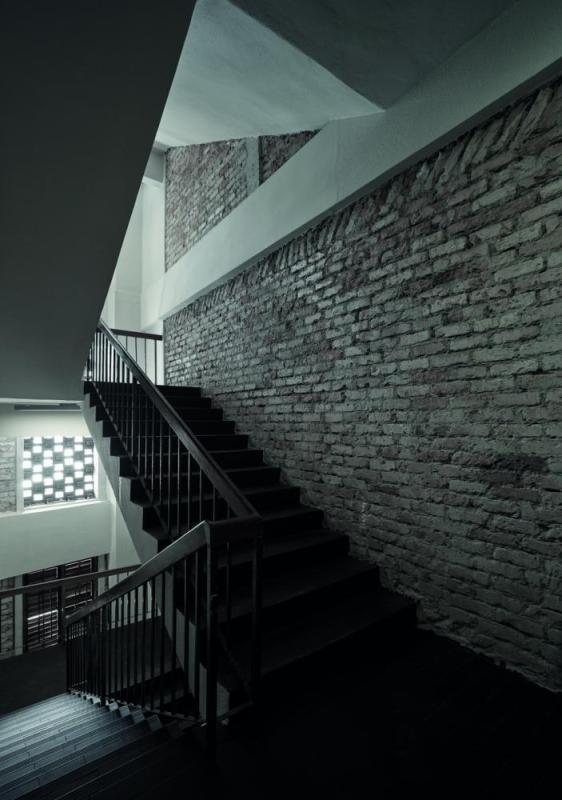 Main entrance staircase, Image Courtesy © Staek Photography