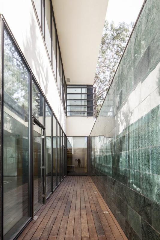 Image Courtesy © Gottesman Szmeclman Architecture