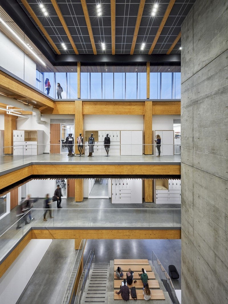 Wohnzimmer Industrial Petrol Wilson School Of Design In Richmond Canada By Kpmb Architects