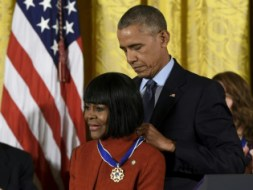 Barack Obama And Cicely Tyson S S Zimbio