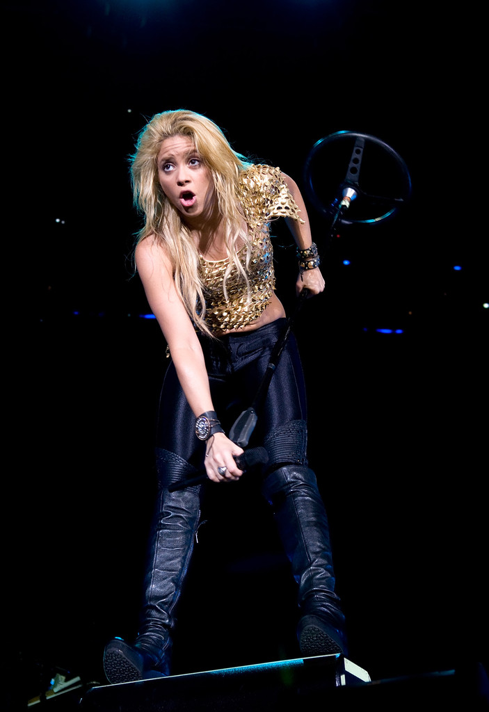 Best Hd Live Wallpaper Shakira Photos Photos Shakira Performs In Concert In