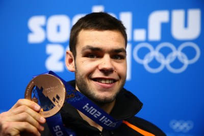 Sjinkie Knegt Pictures - Medal Ceremony - Winter Olympics Day 8 - Zimbio