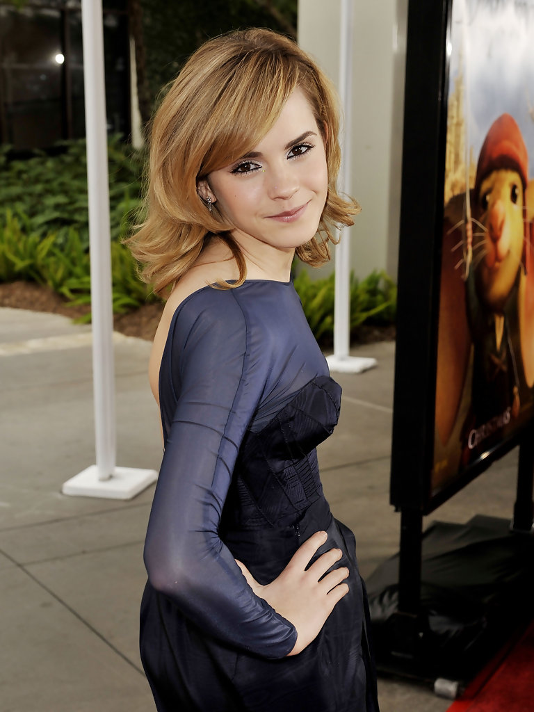 Harry Potter Wallpaper Cute Emma Watson Photos Photos Premiere Of Universal Pictures