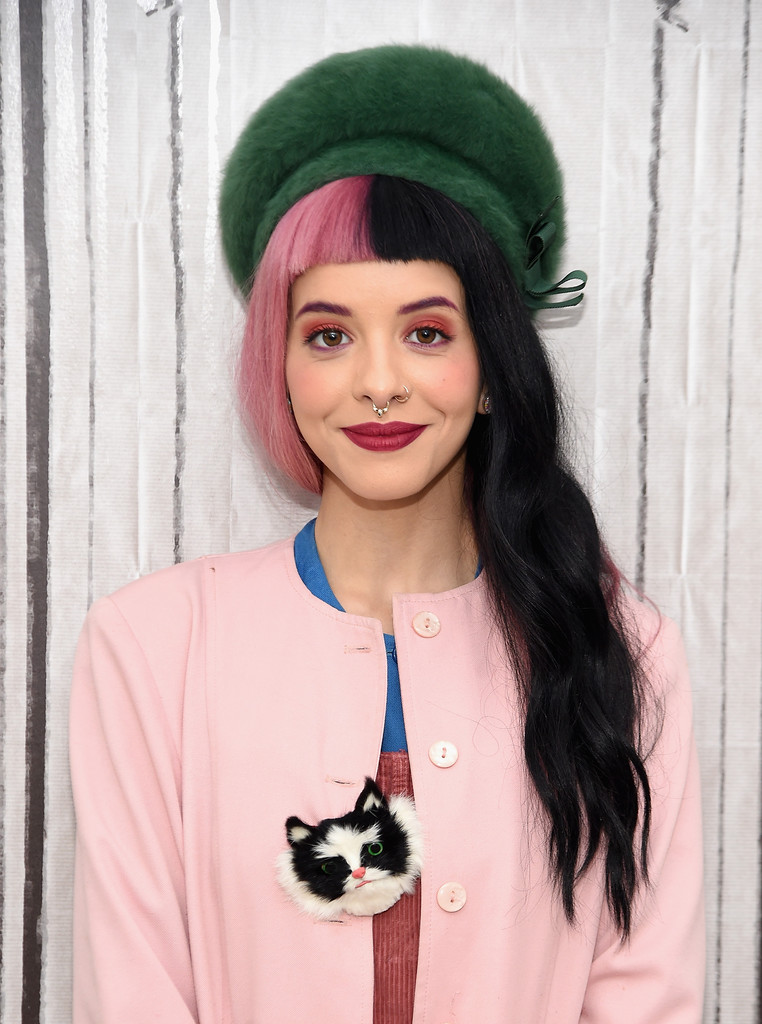 Cute Wallpapers With Nice Quotes Melanie Martinez Photos Photos Aol Build Speaker Series
