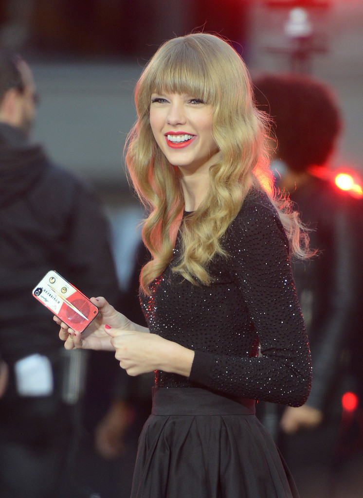 Get Live Wallpaper For Iphone Taylor Swift Photos Photos Taylor Swift Performs On Good