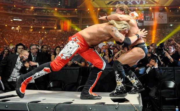 March-28TH-2010-WRESTLEMANIA-26-chris-jericho-and-edge-25042134-622-386