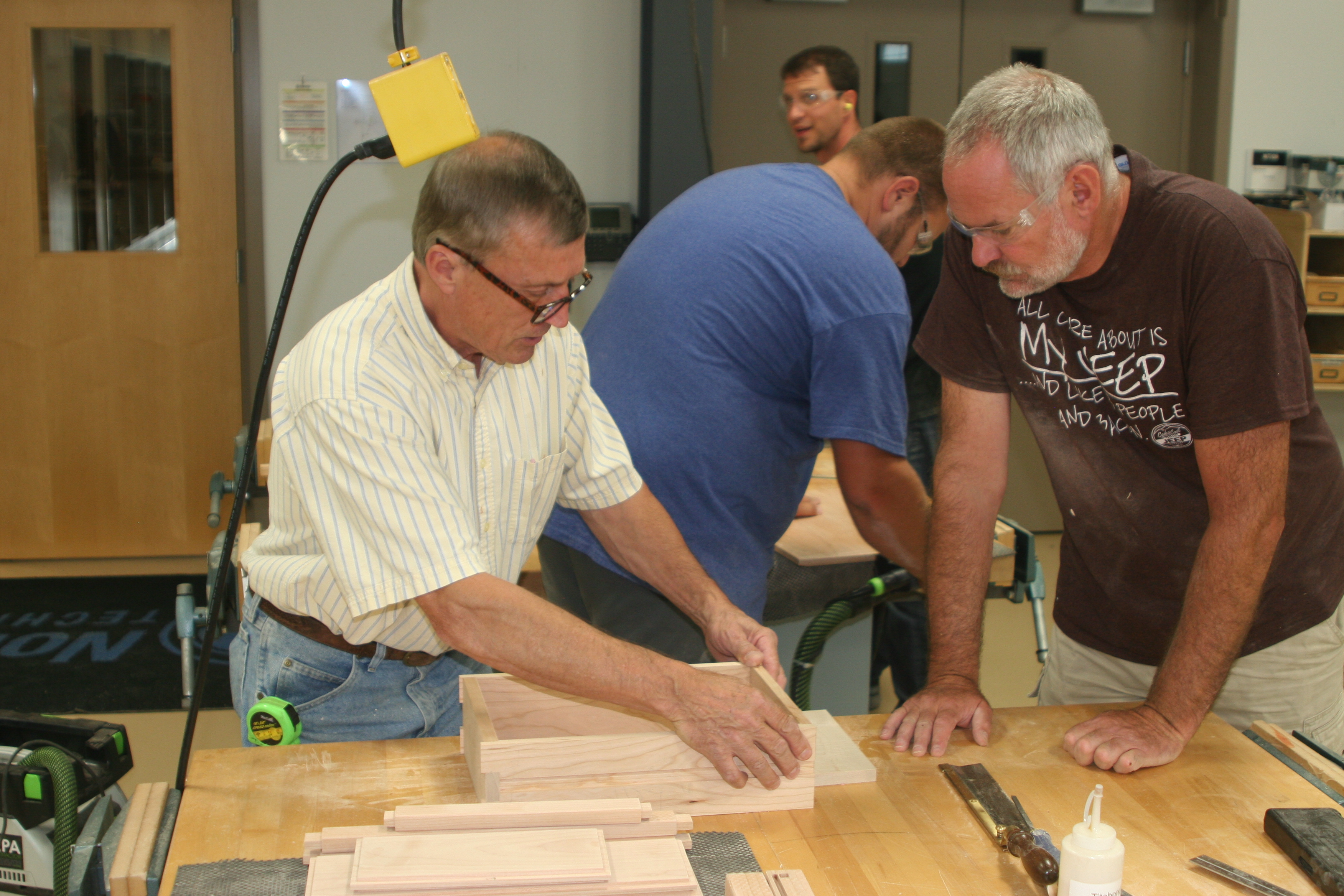 Master Furniture Maker Shares His Skills With The Next Generation Wxpr
