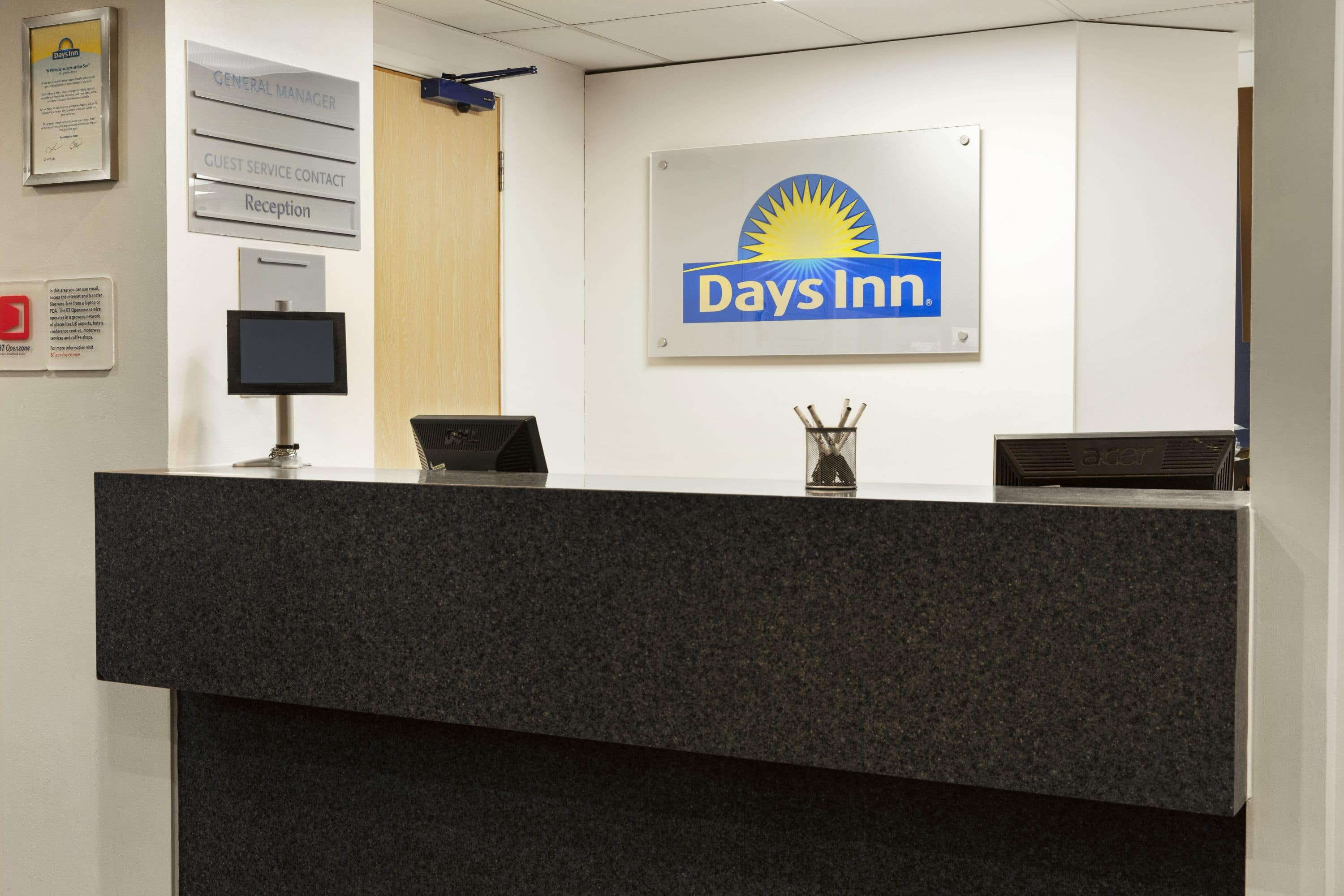 Stansted Car Village Shuttle Days Inn By Wyndham London Stansted Airport Bishops