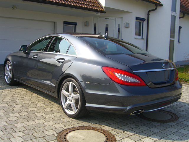 Aubergine Farbe Mercedes-benz Cls 350 Be Tenorit - Xclusive Automobile