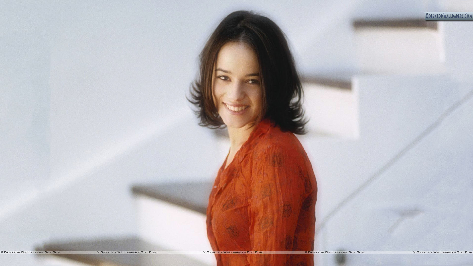 Alizee Wallpaper Hd Alizee Jacotey Smile In Orange Color Dress Wallpaper