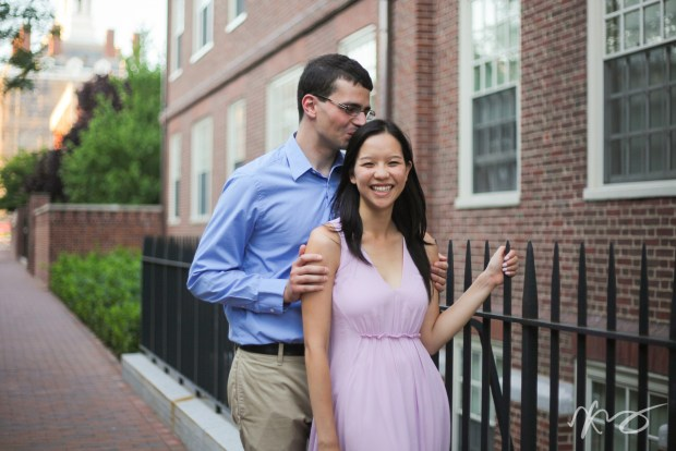 stephanie-ben-harvard-square-engagement-5