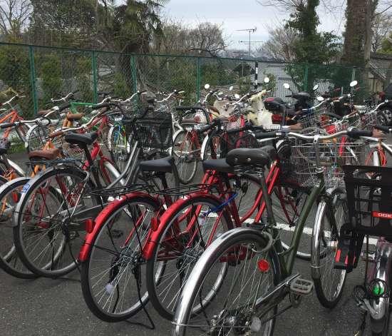 清水坂自転車置き場