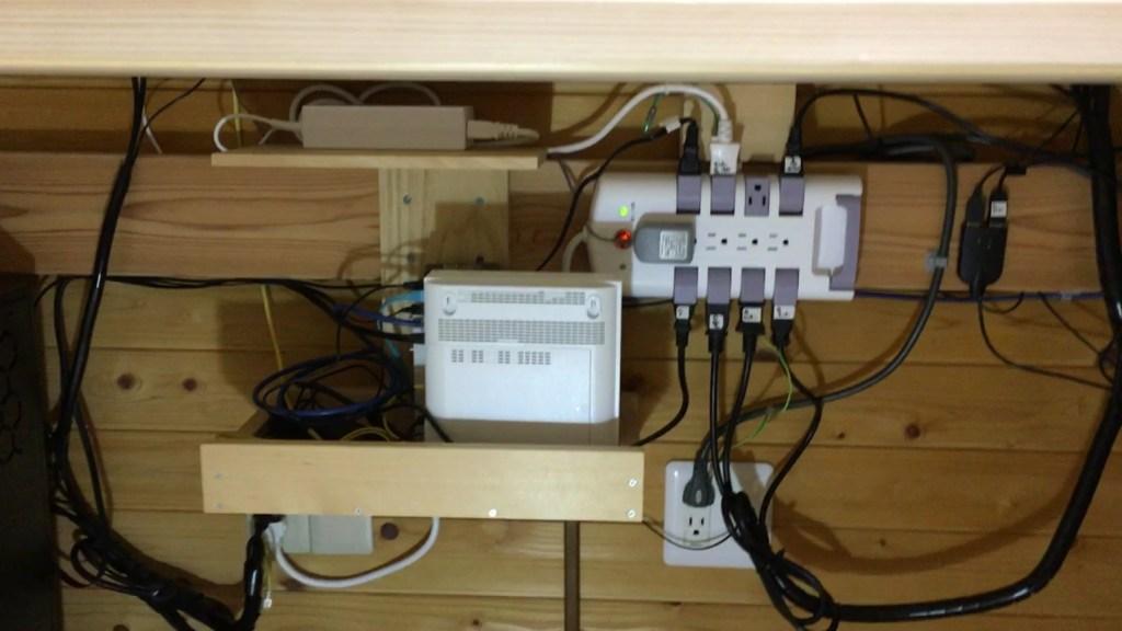 PCデスクを作る4.mp4_5687322333