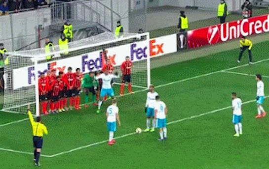 soccer_ defense