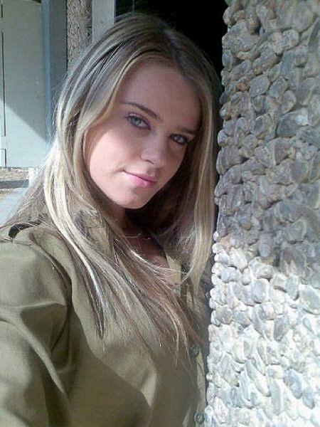 イスラエル軍の女性兵士105