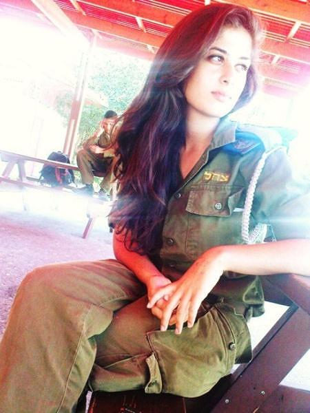 イスラエル軍の女性兵士114