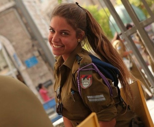 イスラエル軍の女性兵士118