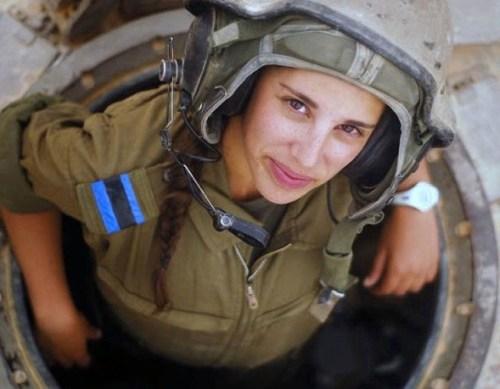 イスラエル軍の女性兵士133