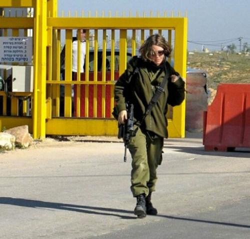 イスラエル軍の女性兵士138