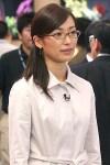 眼鏡をかけた美人女子アナウンサー画像12