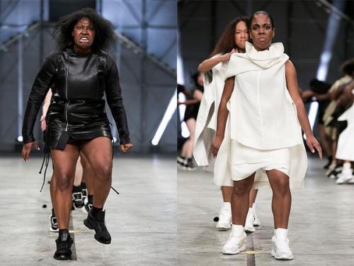 ファッションショー127