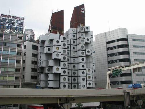 よくわからない建物86