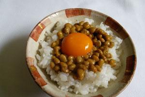 納豆 夜食 太る