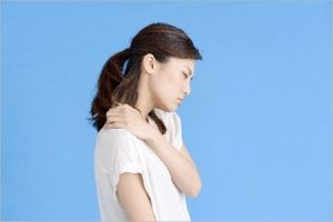 肩が痛い 病気