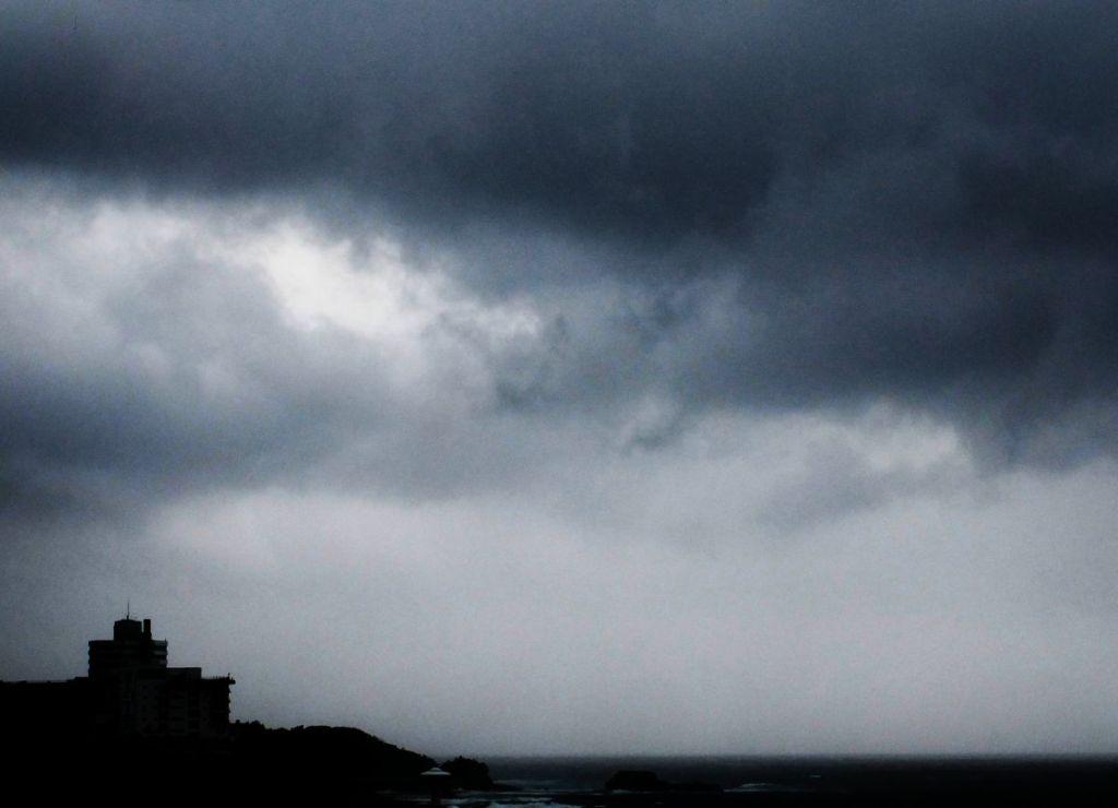 アパート 台風 雨戸