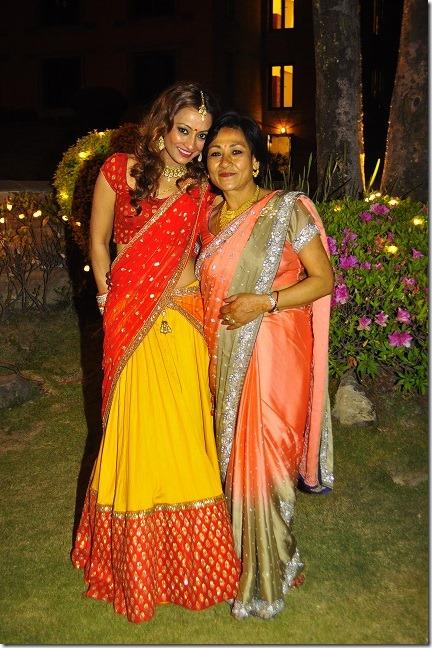 Jharana-Bajracharya-with mother lalana -Wedding-2015-