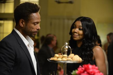 gary_dourdan_and_gabrielle_union_bmj_s2_042814_385_by_guy_dalema.jpg.CROP.rtstoryvar-medium