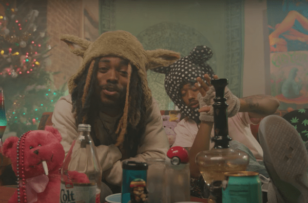 Xxl Couch Earthgang Get Hit With 'voodoo' In New Video - Xxl