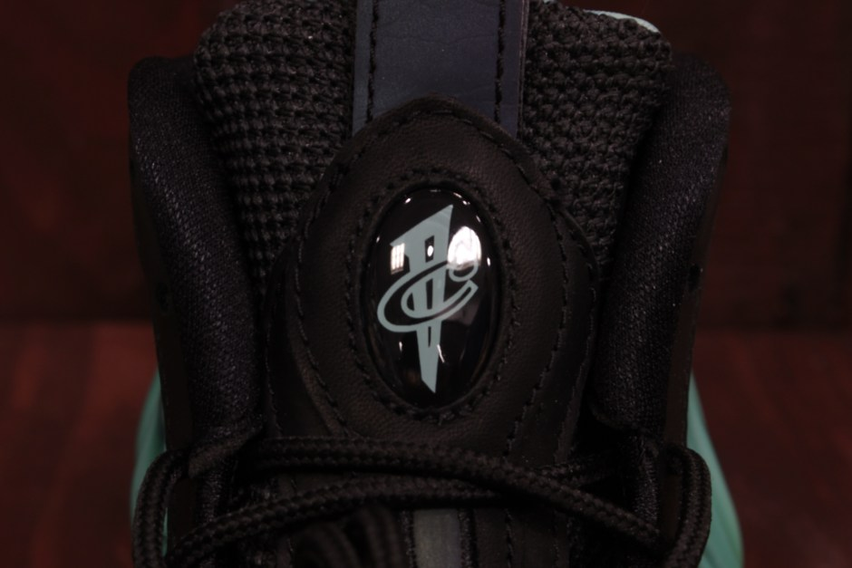 AIR FOAMPOSITE ONE PRM AS QS BLACK/GREEN GLOW-FIERCE PURPLE 840559-001