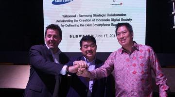 Kerjasama Telkomsel dan Samsung_2