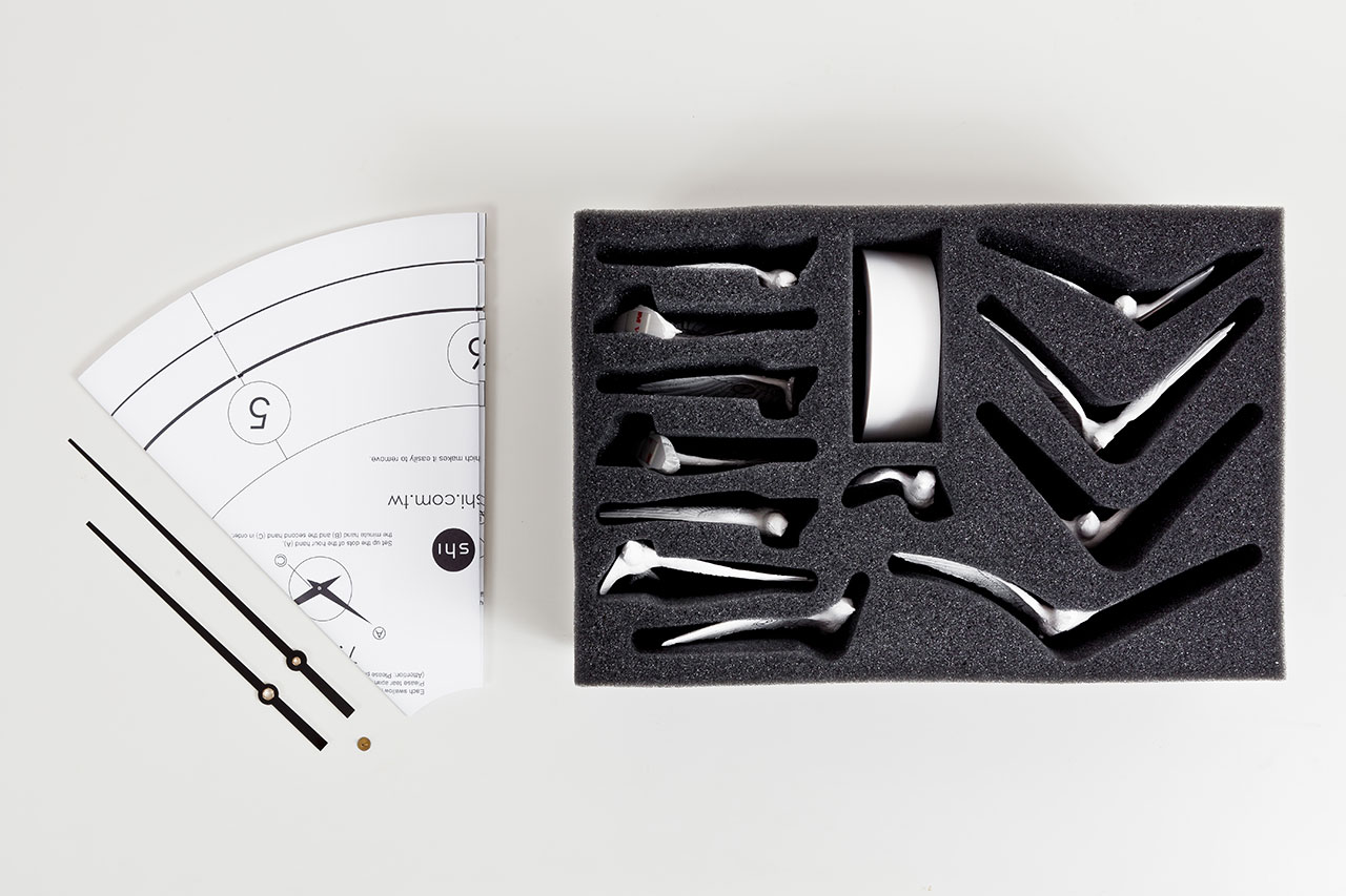 Haoshi Clocks The Swallow Clock By Haoshi Design Studio Yatzer