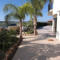 For rent in Mazotos Cyprus: Holiday house with private pool located 4 km from the sea.