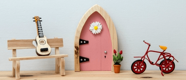 The irish fairy door company giveaway yee wittle things for Fairy door kits canada