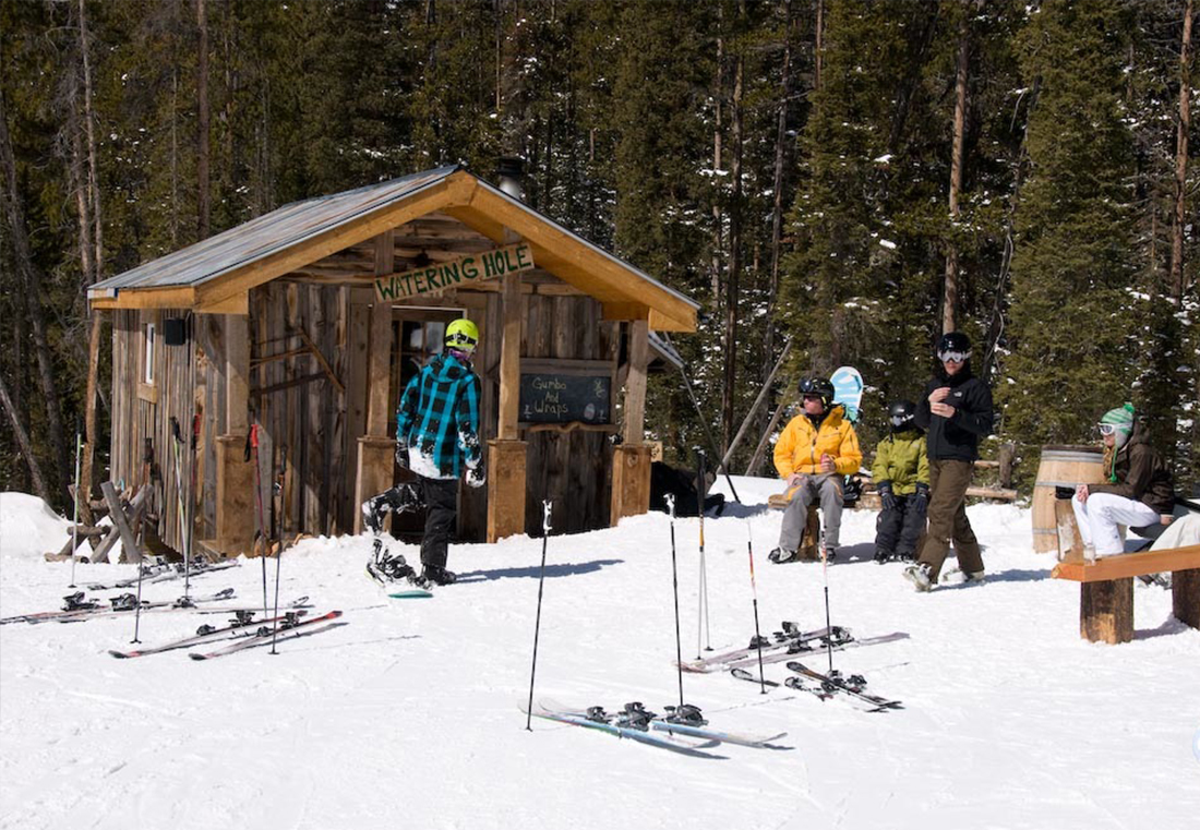 A fully-stocked, on-slope warming hut.