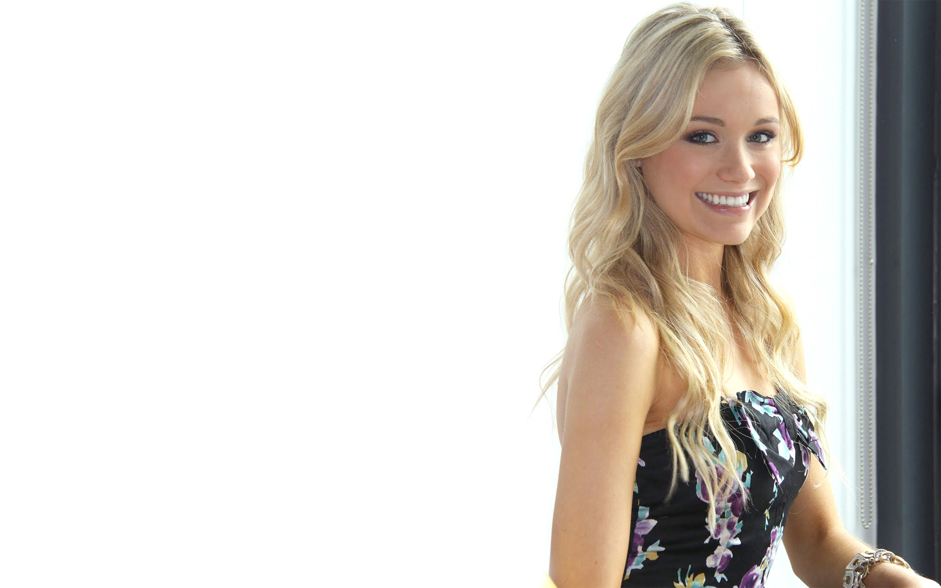 Cute Little Girl Hd Wallpapers 1080p Katrina Bowden Wallpapers High Quality Download Free
