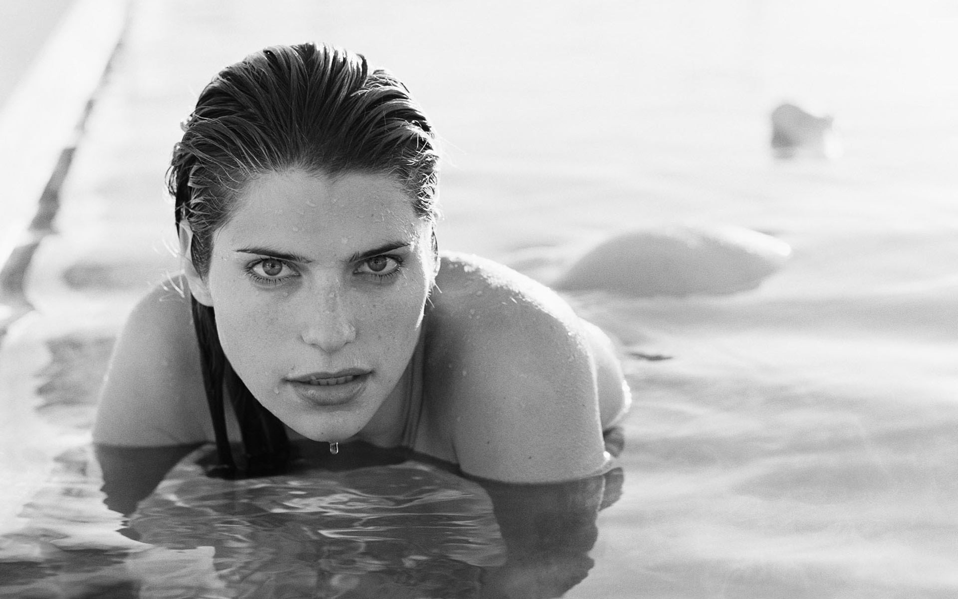 Free Moving Wallpaper For Iphone Lake Bell Wallpapers High Quality Download Free